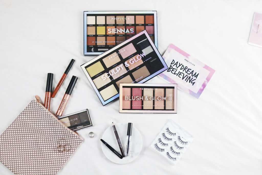 Create-The-Perfect-Instagram-Flatlay